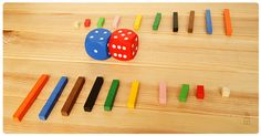 Juego de mesa con regletas: capturar regletas -Se suman o restan dados y se le quita la regleta al contrario. Reggio Emilia, Numicon, First Grade Math, Math Games, Teaching Math, Montessori, Board Games, Activities For Kids, Homeschool