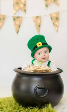 St Patricks Day Outfits – Part 2 – Beauty and Fashion Tips and Ideas Baby Boy Pictures, Baby Photos, Newborn Pictures, Baby Calendar, Calendar Ideas, St Patrick's Day Photos, Boy Photo Shoot, Photo Shoots, St Patricks Day Pictures