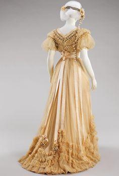"vintagegal: "" House of Paquin Wedding ensemble, 1910 """