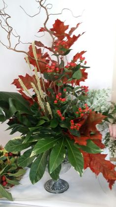 Group foliage arrangement