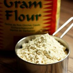 10 Best Benefits Of Besan/ Gram Flour For Skin And Hair