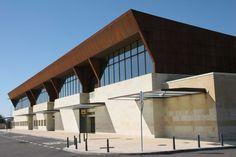Aeropuerto de Salamanca-Matacán (SLM) en Villagonzalo de Tormes, Castilla y León