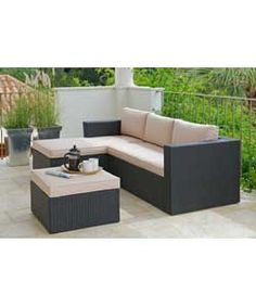 Hand-Woven 3 Seater Rattan Effect Mini Corner Sofa - Black.