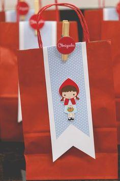 Festa Chapeuzinho Vermelho | 2 anos da Melissa {Decoração: Papel de Festa | Fotografia: Senhoritas Fotografia}