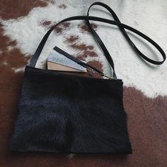Special order @ www.AtelierPCR.com #AtelierPCR #leather #leatherbag #leatherwork #leathercaft #costumer #costumersorder #handbag #handmade #leathergoods #sheepskin #fur