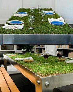Una mesa muy verde
