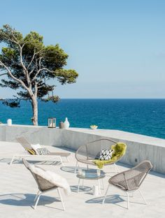 Pfister Sofa, Sunbed and Armchair, Outdoor Ideas, Garden, Terrace, Breathtaking Vista, Sea View, Furnishing and Decoration Ideas