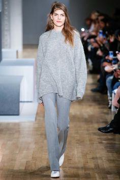 Tibi Fall 2015 Ready-to-Wear Fashion Show - Lis van Velthoven