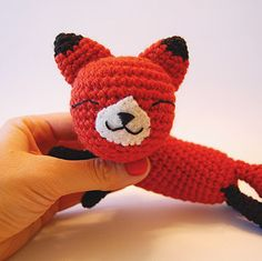Mother Fox and Baby Fox (Crochet) free pattern