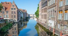 This historic medieval city is one of the top things to do in Belgium and there are plenty of things to do in Ghent city to keep your itinerary full. France Travel, Asia Travel, Japan Travel, Italy Travel, Travel Belgium, Vietnam Voyage, Vietnam Travel, Thailand Travel, Bruges