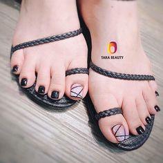 Cute Toe Nails, Cute Toes, Love Nails, Daisy Nail Art, Daisy Nails, Pretty Nail Designs, Toe Nail Designs, Stylish Nails, Trendy Nails
