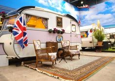 If you're a fan of tiny homes, then you'll love BaseCamp Bonn, a youth hostel in Bonn, Germany. It's like a tiny house hotel but with vintage trailers. Tiny House Hotel, Tiny Mobile House, Mobile Homes, Indoor Camping, Camping Glamping, Trailers Vintage, Vintage Campers, Vintage Rv, Vintage Caravans