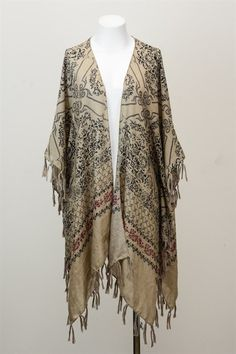 Polyester and Chiffon Lightweight and versatile - perfect for summer! Trendy, Hippie Chic Kimono cover-up. Wrap Cardigan, Kimono Cardigan, Kimono Top, Loose Fitting Tops, Loose Tops, Cut Loose, Chiffon Kimono, Chiffon Tops, Hippie Chic