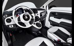 2016-Fiat-500e-Stormtrooper-Interior