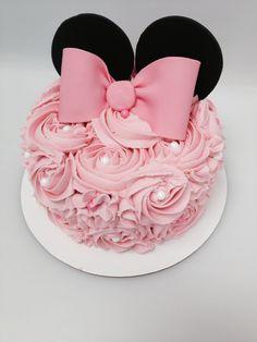 Mini Mouse smash cake!