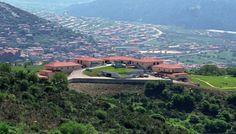 5* AVARIS Hotel - Καρπενήσι | Έκπτωση 61% | Ekdromi.gr Welcome Decor, 5 Star Hotels, Front Desk, Terrace, Golf Courses, Greece, Family Room, Dolores Park, River