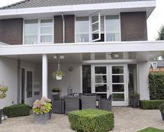 Pergola With Glass Roof Glass Roof, Patio Roof, Diy Pergola, Deck Design, Interior Design Living Room, Future House, New Homes, Home And Garden, Backyard