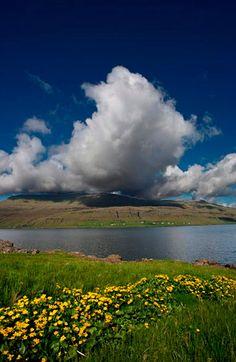 Fiordo Kaldbak, Straymor, Faroe Islands, Denmark.