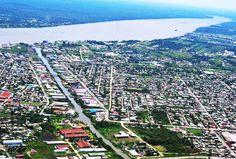 Paramaribo, capital e maior cidade do Suriname, às margens do rio Suriname e a…