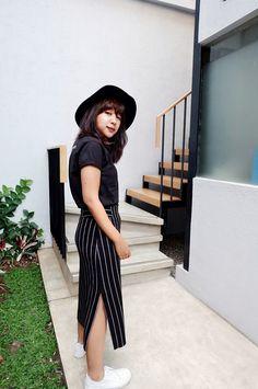 Stripe bodycon skirt outfit