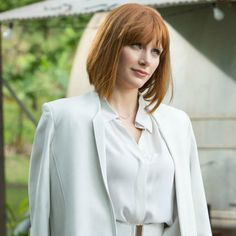 """Copy Bryce Dallas Howard's White Suit From """"Jurassic World"""" Bryce Dallas Howard, Jurassic World Claire, Claire Dearing, World Hair, Medium Hair Styles, Long Hair Styles, Red Hair Woman, Hair Secrets, Homecoming Hairstyles"""