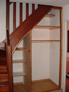 d co entr e maison cage d 39 escalier et couloir en 32 id es d co entr e maison escalier. Black Bedroom Furniture Sets. Home Design Ideas