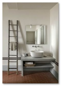 sink + concrete pedestal good design good use of material not expensive