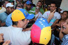 Capriles en su visita a tinaquillo en compañia del Candidato alcalde de Tinaquillo @FERNANDO_FEO