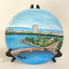 Prato em madeira com pintura inspirada em Recife/PE