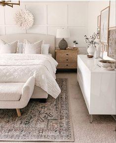Neutral Bedroom Decor, Room Ideas Bedroom, Home Decor Bedroom, Modern Boho Master Bedroom, Calm Bedroom, Trendy Bedroom, Cozy Room, My New Room, Beautiful Bedrooms