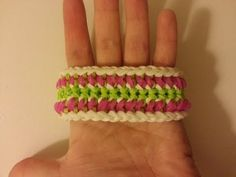 Rainbow Loom AMIDALA (Star Wars) Bracelet (reversible). Designed by Suzanne H-B @Crazyjustmightwork (Instagram). Tutorial and looming by Loves2Loom. Click photo for YouTube tutorial. 06/22/14.