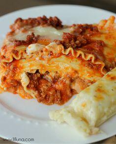 Easy Classic Lasagna Recipe { lilluna.com } (sour cream, cottage cheese, parm & mozz, beef & pork...). Sun 9/29=National Lasagna Day
