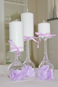 Bilderesultat for borddekorasjoner Girl Birthday, Birthday Parties, Entertainment Table, Candle In The Wind, Candle Stand, Decoration Table, Purple Wedding, Holidays And Events, Pillar Candles