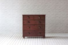Victorian mahogany 2 over 3 chest of drawers.   Gently cleaned and polished, otherwise as bought. Has signs of wear and tear usual to a piece of this age!