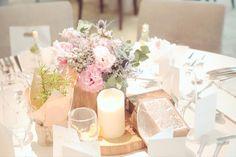 【テーブル装花】ナチュラルウェディングに必須のアイテムはこれ! | marry[マリー]