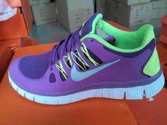 Billige Nike Free Run 5.0 V2 Salg Online Fluorescerende Grønn Lilla for Dame Sko  402.45kr