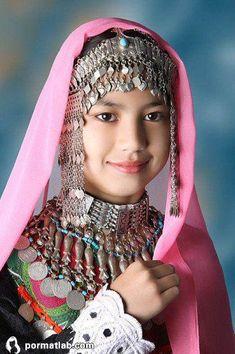 Portrait of a Hazaragi girl ~ Afghanistan © Pamir School Kids Around The World, Beauty Around The World, We Are The World, People Around The World, Folklore, Beautiful World, Beautiful People, Afghan Girl, Mode Costume