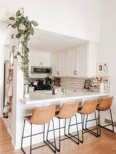 Kitchen Interior, Home Decor Kitchen, Home Decor Inspiration, Home, Apartment Interior, Kitchen Remodel, Kitchen Decor, House Interior, Home Kitchens