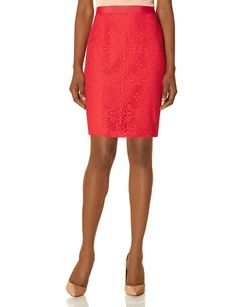 Impressively stylish, comfortably lightweight! Go bright and vibrant, or classically elegant in coral or black.