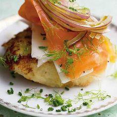Crispy+potato+cakes+with+salmon+