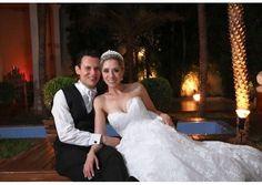Noivas Reais  Nova Noiva  By Estilista Gio  Noiva Renata Nazário Ferreira Soares Sofisticação e requinte.  E muito luxo. Amei parabéns pelo divino casamento minha querida. Renata felicidades eternas. Vestido Pandora Coleção Passion   #estilistagiosantos  #novanoiva #eusounovanoiva #noivasreais #woman #vestidodenoiva #bridaldress #casamento #engaged #topbride #bridal #noiva #weddingdress #modanoiva #blogger #Wedding #bride