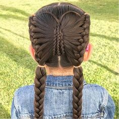 A lovely reminder of how beautiful change can truly be. Little Girl Braids, Braids For Kids, Girls Braids, Little Girl Hairstyles, Up Hairstyles, Braided Hairstyles, Picture Day Hairstyles, Halloween Hairstyles, Peinado Updo