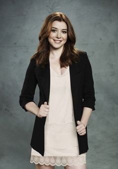 Alyson Hannigan love that outfit