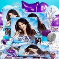 http://www.birthdayexpress.com/Victorious-Deluxe-Party-Pack-for-8-8-Favor-Boxes/78862/PartyKitDetail.aspx?REF=SCE-Amazon this is everything i could want 38.88 for 8 plp pr 71 for 8 more favor boxes i dont know