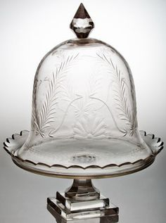 The Enchanted Home: Mid week musings.Just beautiful Cake Plate With Dome, Cake Stand With Dome, Cake Dome, Cupcake Stands, The Bell Jar, Bell Jars, Cloche Decor, Cake Pedestal, Cake Carrier