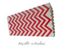 Dekoration - Popcorn box with CHEVRON RED WHITE - ein Designerstück von Fitzi-Floet bei DaWanda