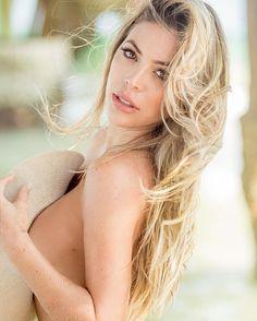 🎈✨❤️C•U•M•P•L•E•A•Ñ•O•S🔴F•E•L•I•Z🎉‼️💥<<<Hoy Solo Quiero Agradecer...🙏🏻>>> #Mi11 #Mayo11 Videos Photos, Blonde Beauty, Shakira, Lingerie Models, Beautiful Women, Lady, Cute, Instagram, Beautiful Creatures