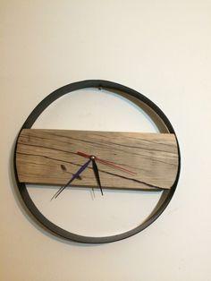 http://www.wanos.it/negozio/w-atches/orologio-parete-circolare-ferro-legno/
