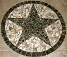 Mosaic texas star belongs somewhere in your garden here in Deutschland Mosaic Projects, Home Projects, Projects To Try, Paper Flooring, Flooring Ideas, Tile Patio Table, Mosaic Madness, Texas Star, Garden Stones