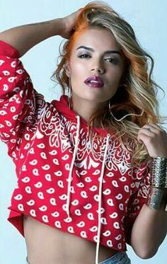 Karol G Music | Karol G Music (@KarolGNeiva) | Twitter Latino Girls, Beautiful People, Beautiful Women, Queen Outfit, Foto Casual, Popular Artists, Famous Stars, Becky G, Jacqueline Fernandez